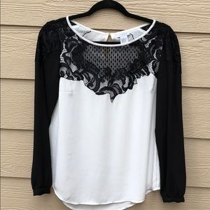 Cache White and Black Lace Details Blouse